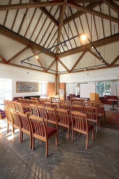 Fairmont Social Lounge